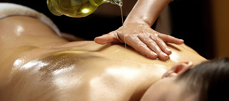 Abhyanga: A Massagem Ayurvedica